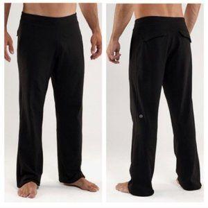 Lululemon Men Kung Fu Pant Flap Pockets Black M